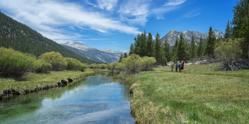 John Muir Trail Mile-by-Mile Photos & Trail Journal, Yosemite to Red's Meadow