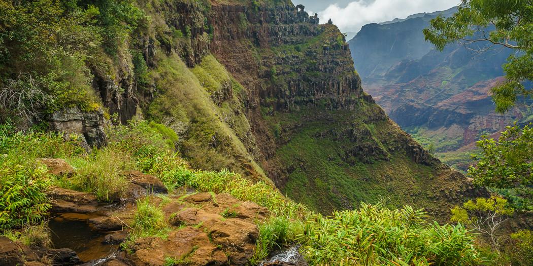 Canyon Trail to Waipo'o Falls, Waimea Canyon, Kaua'i