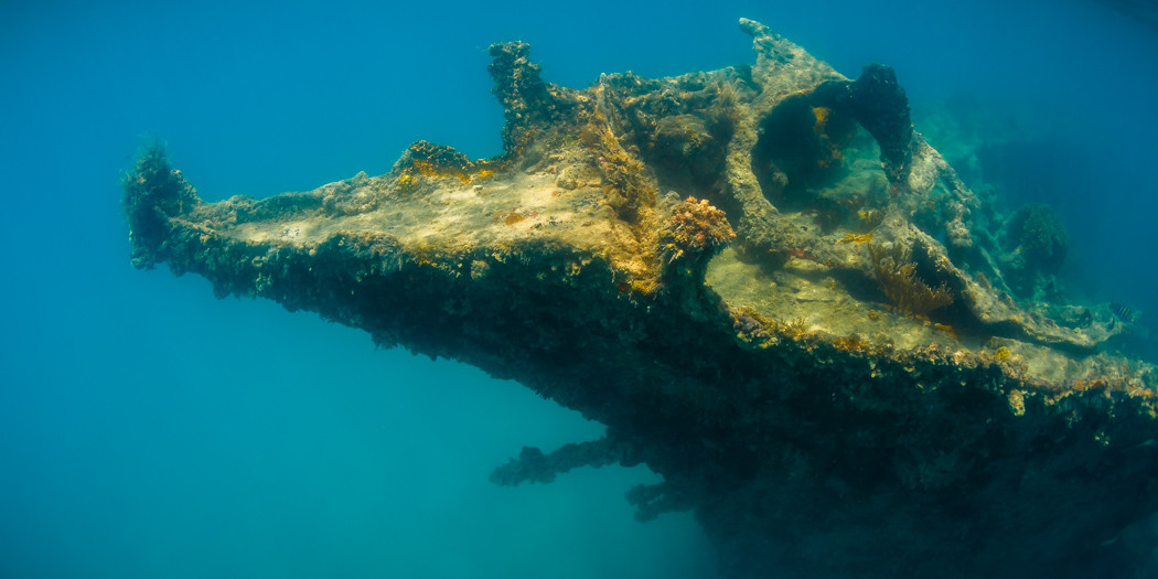 Antigua: Wreck of the Andes